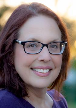 Deana Hendrickson headshot